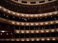 オペラ座桟敷