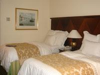 ホテル2連泊