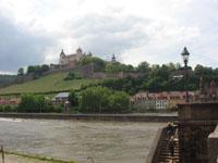 橋からマリエンベルク要塞